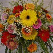 Minigerbera im Blumenstrauß