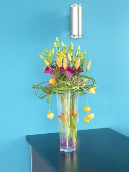 Blumendekor für Counter