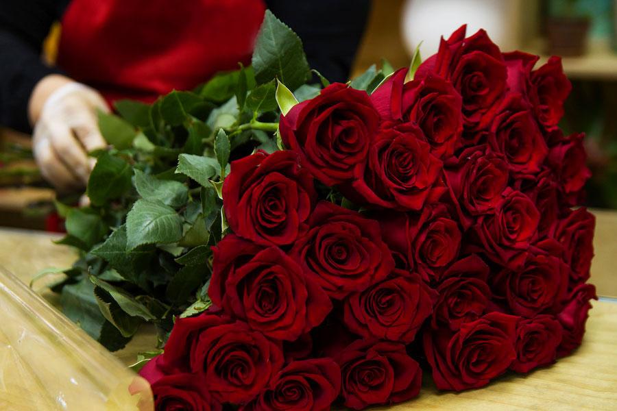 Blumenstrauss rote Rosen, Blumenladen in Kiel