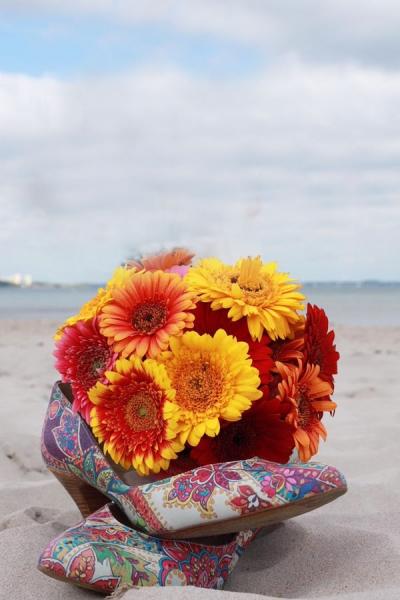 Hochzeit an der Ostsee: Brautstrauß mit Gerbera